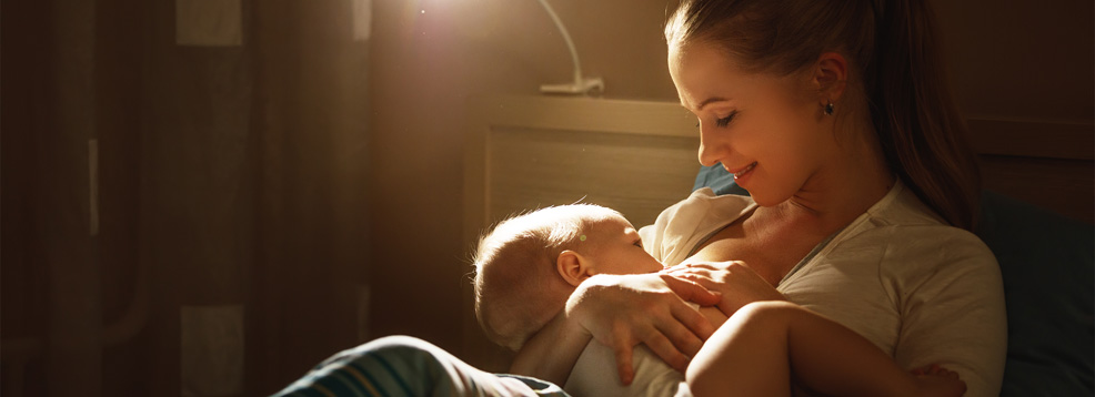 breastfeeding mom shutterstock