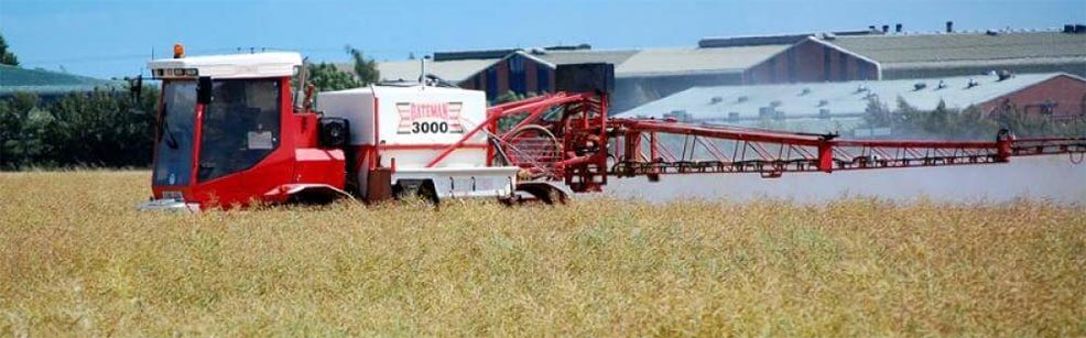 spraying crops with herbicide glyphosate cereals