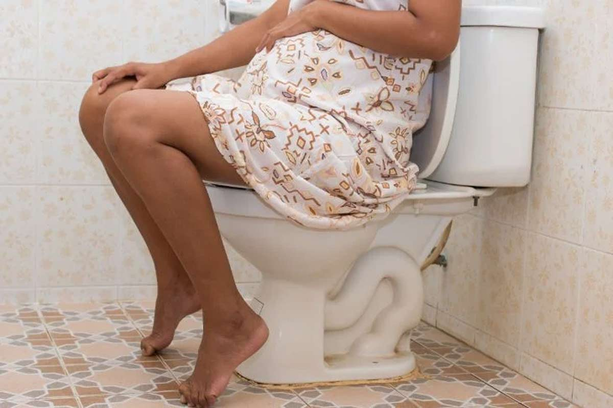 pregnancy constipation causes symptoms treatment